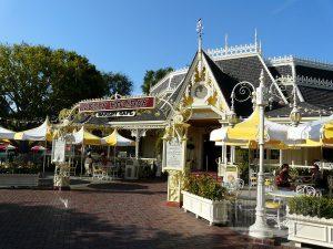 Jolly Holiday Bakery Café