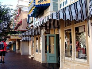 Candy Palace and Candy Kitchen